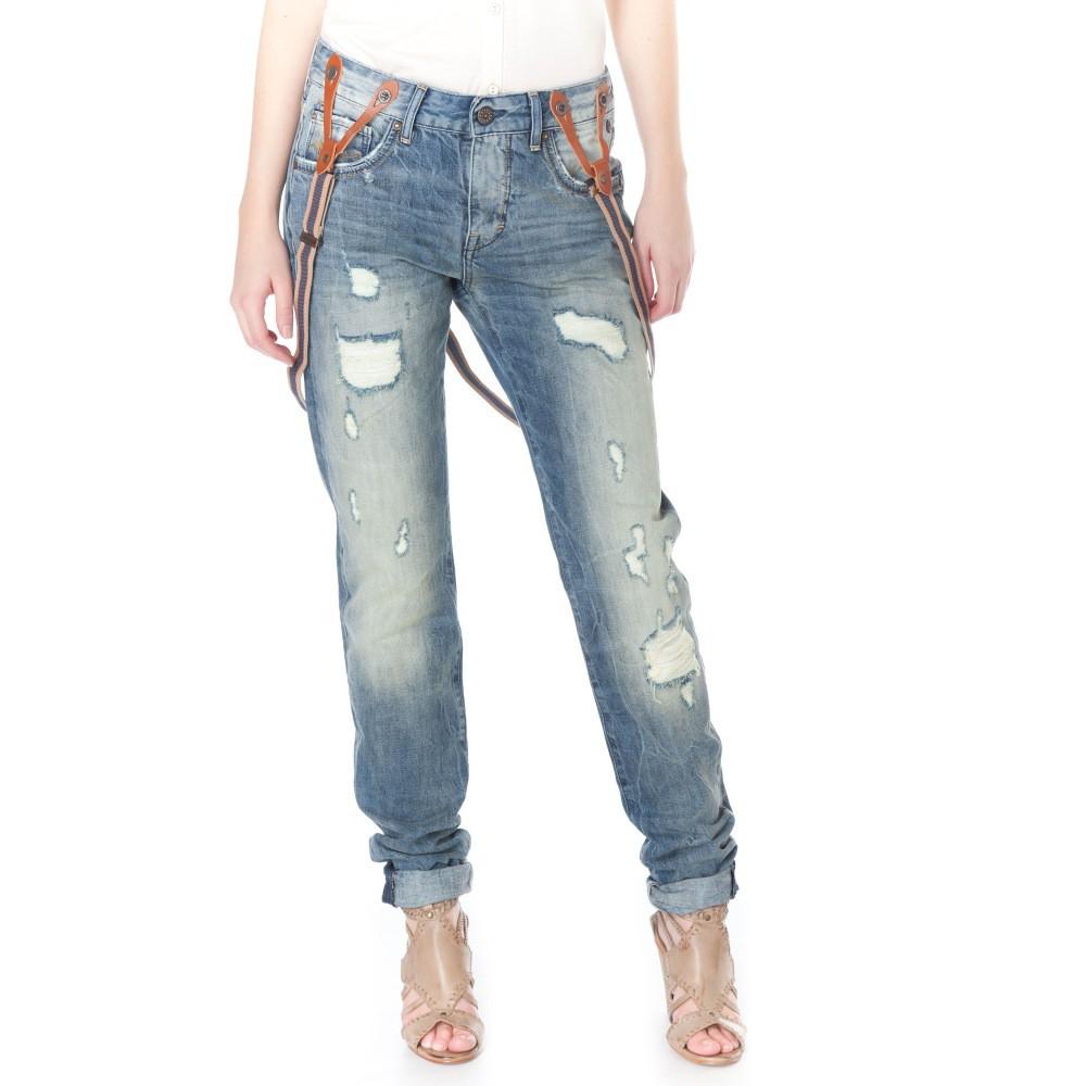 Découvrez le jean femme dans tous ses états