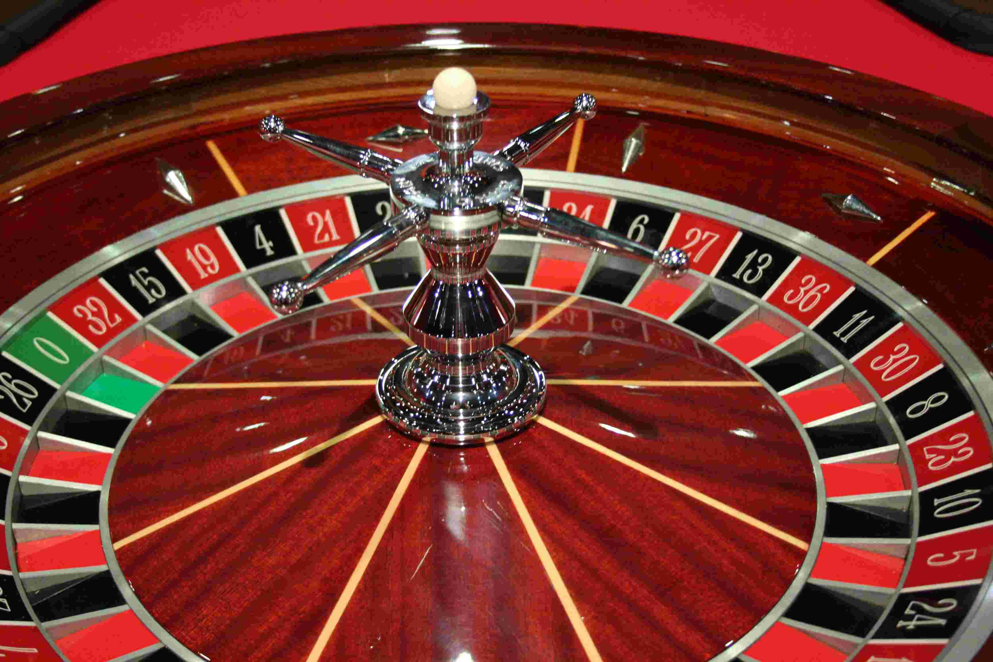 Apprendre à jouer au poker, ou à la roulette