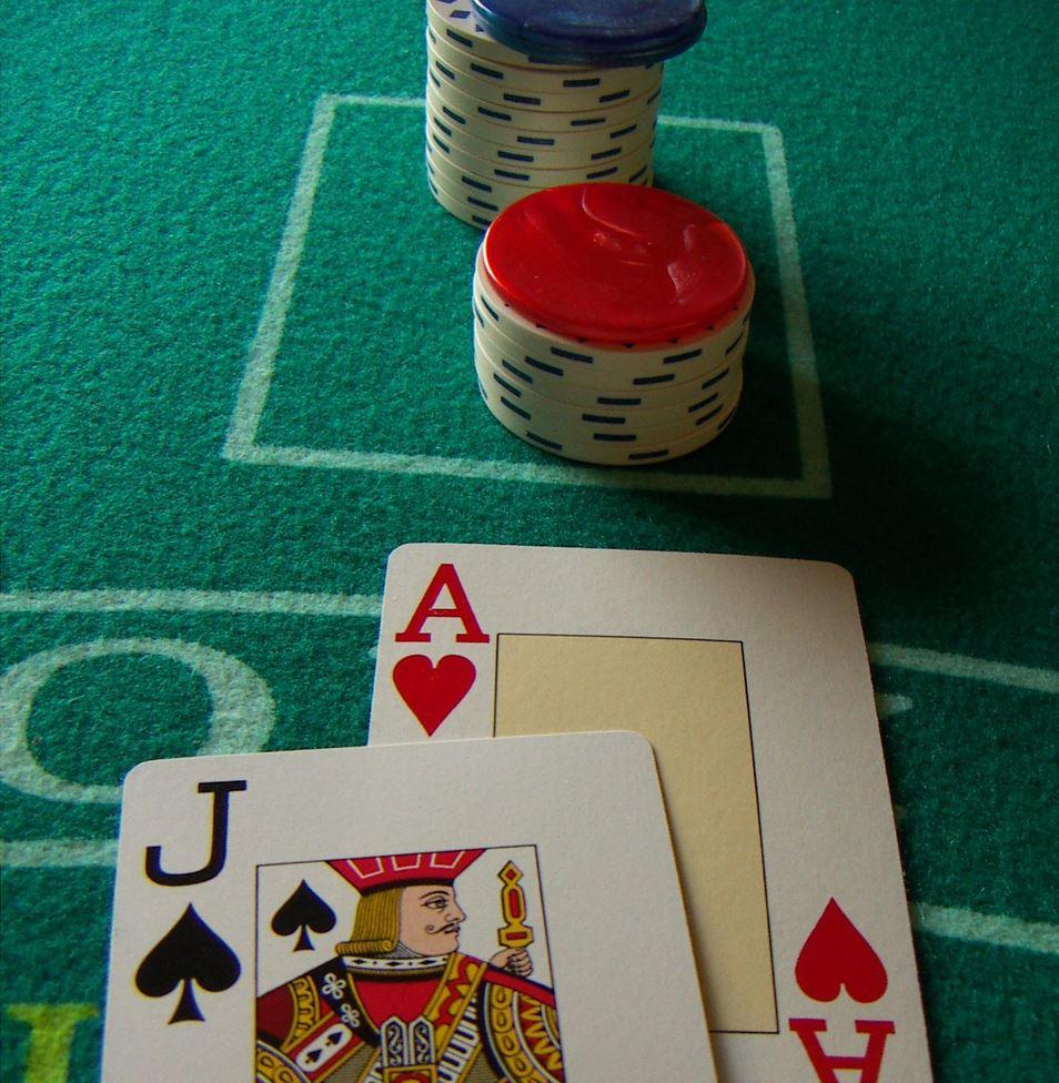Obtenir la main la plus puissante ou blackjack
