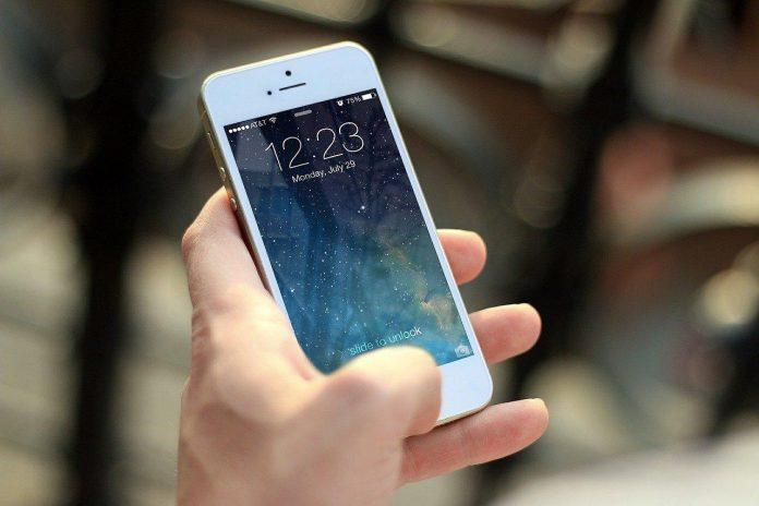 telephone portable pour personne agée pas cher